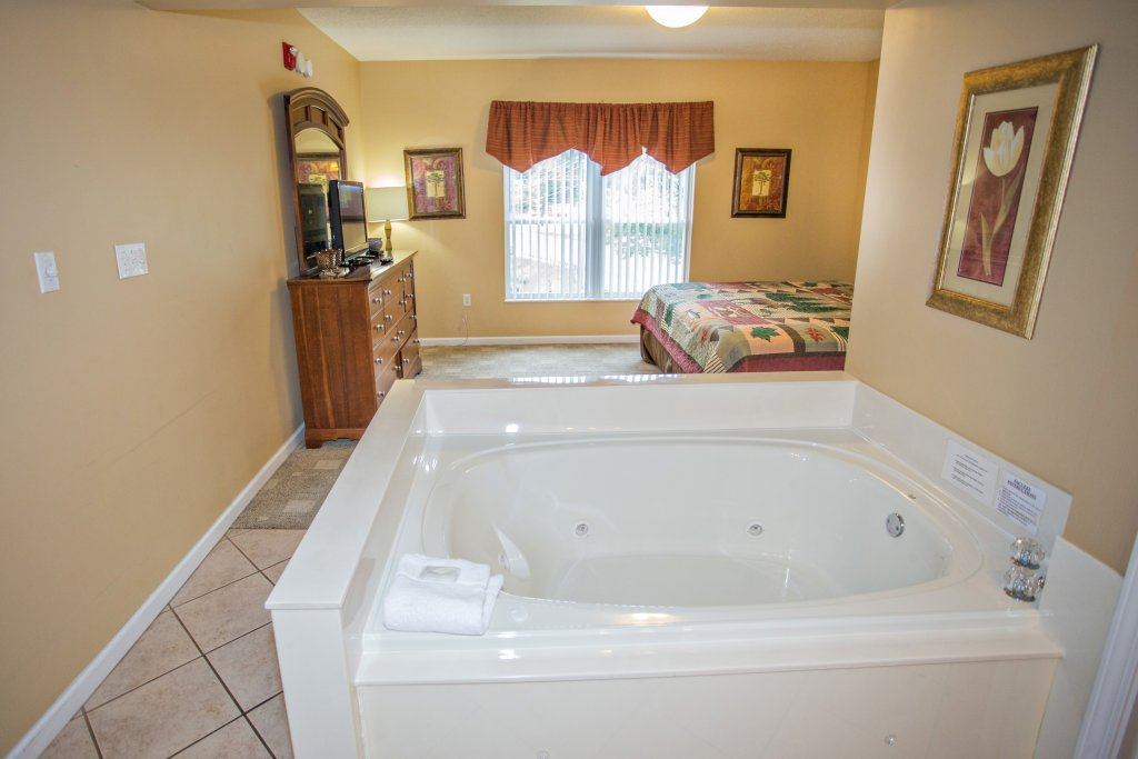 Photo of a Pigeon Forge Condo named Bear Crossing 303 - This is the forty-second photo in the set.