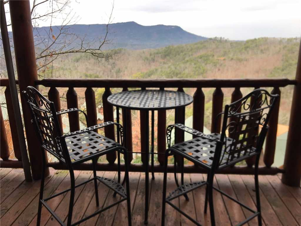 Photo of a Pigeon Forge Cabin named Black Bear Overlook - This is the thirty-first photo in the set.