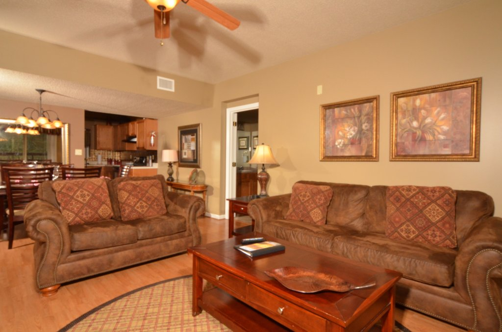 Photo of a Pigeon Forge Condo named Cedar Lodge 101 - This is the twenty-eighth photo in the set.