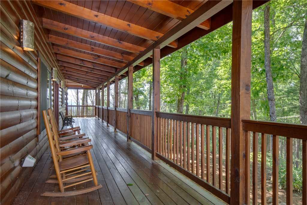 Photo of a Gatlinburg Cabin named Dancing Bear Lodge - This is the thirty-eighth photo in the set.