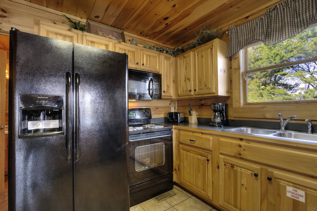 Photo of a Pigeon Forge Cabin named Blackberry Lodge #402 - This is the tenth photo in the set.