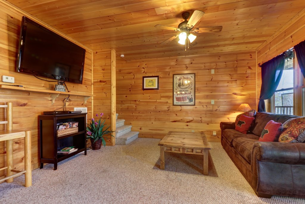 Photo of a Pigeon Forge Cabin named  Gristmill Getaway - This is the ninth photo in the set.