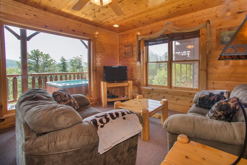 Photo of a Pigeon Forge Cabin named Forget Me Knot Cabin - This is the seventeenth photo in the set.
