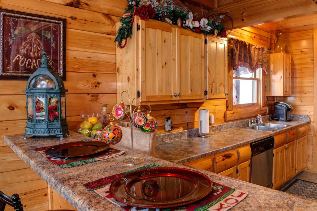 Photo of a Pigeon Forge Cabin named Forget Me Knot Cabin - This is the forty-first photo in the set.