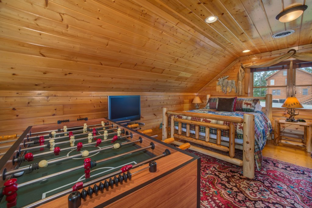 Photo of a Pigeon Forge Cabin named Forget Me Knot Cabin - This is the thirty-second photo in the set.