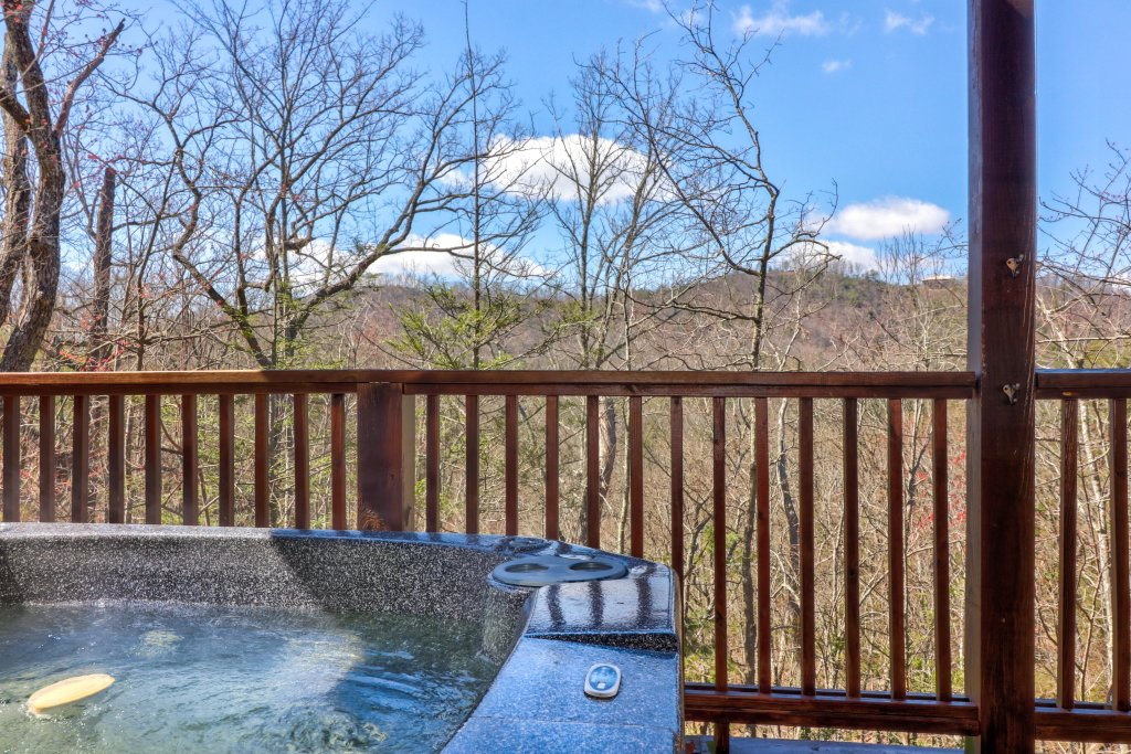 Photo of a Pigeon Forge Cabin named  Gristmill Getaway - This is the forty-eighth photo in the set.