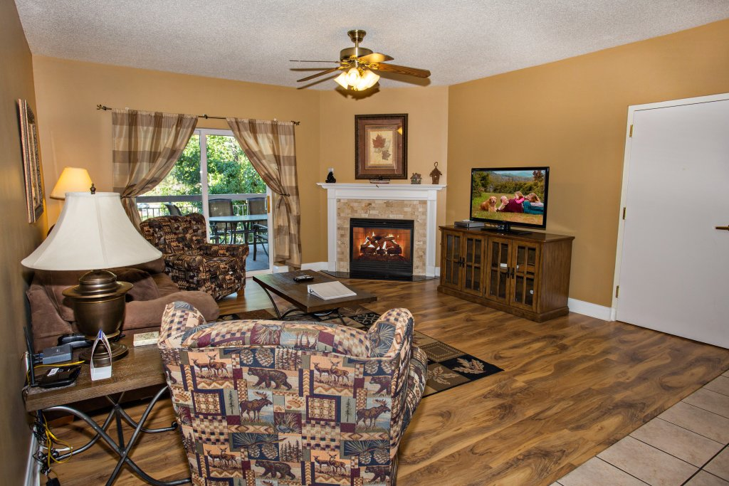 Photo of a Pigeon Forge Condo named Bear Crossing 202 - This is the thirty-eighth photo in the set.