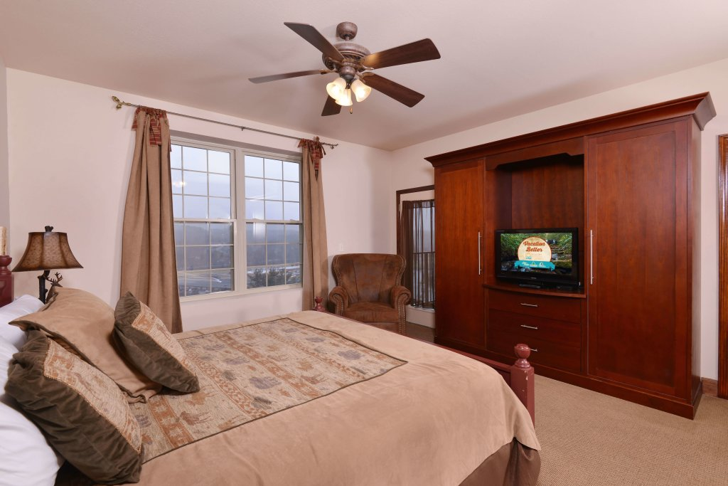 Photo of a Pigeon Forge Condo named 4002 Big Bear Resort - This is the thirty-ninth photo in the set.