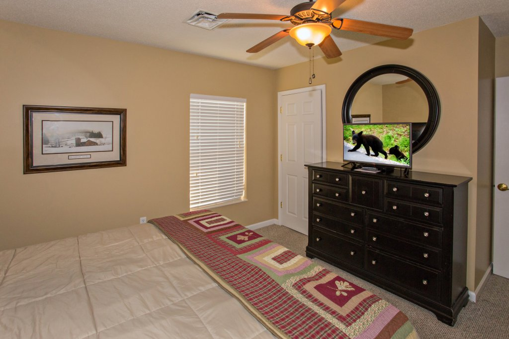 Photo of a Pigeon Forge Condo named Bear Crossing 503 Nb - This is the fiftieth photo in the set.