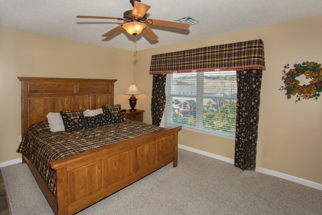 Photo of a Pigeon Forge Condo named Bear Crossing 503 Nb - This is the forty-seventh photo in the set.
