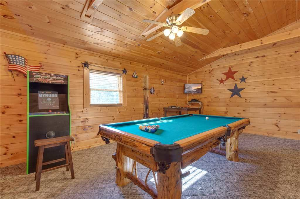 Photo of a Gatlinburg Cabin named Mountain Dreams - This is the eleventh photo in the set.