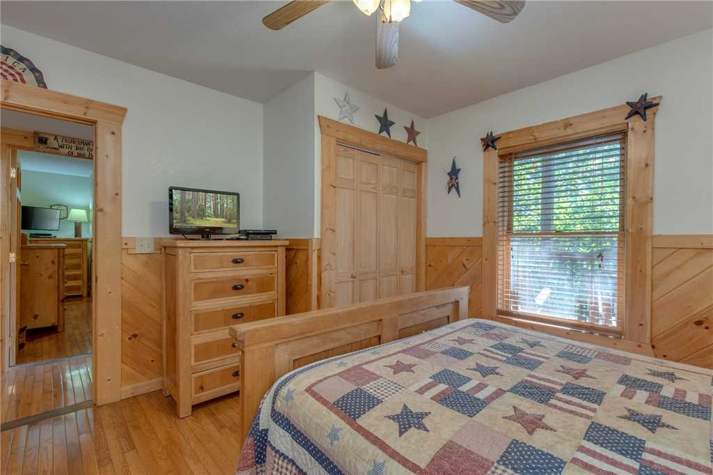 Photo of a Gatlinburg Cabin named Mountain Dreams - This is the twenty-first photo in the set.