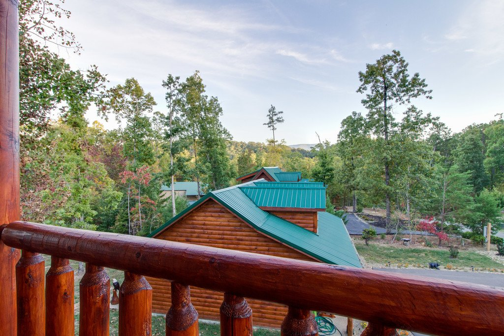 Photo of a Pigeon Forge Cabin named Bear Tracks - This is the fortieth photo in the set.