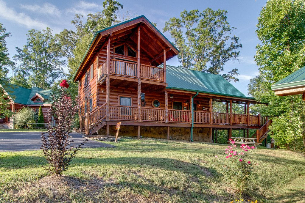 Photo of a Pigeon Forge Cabin named Bear Tracks - This is the forty-fifth photo in the set.
