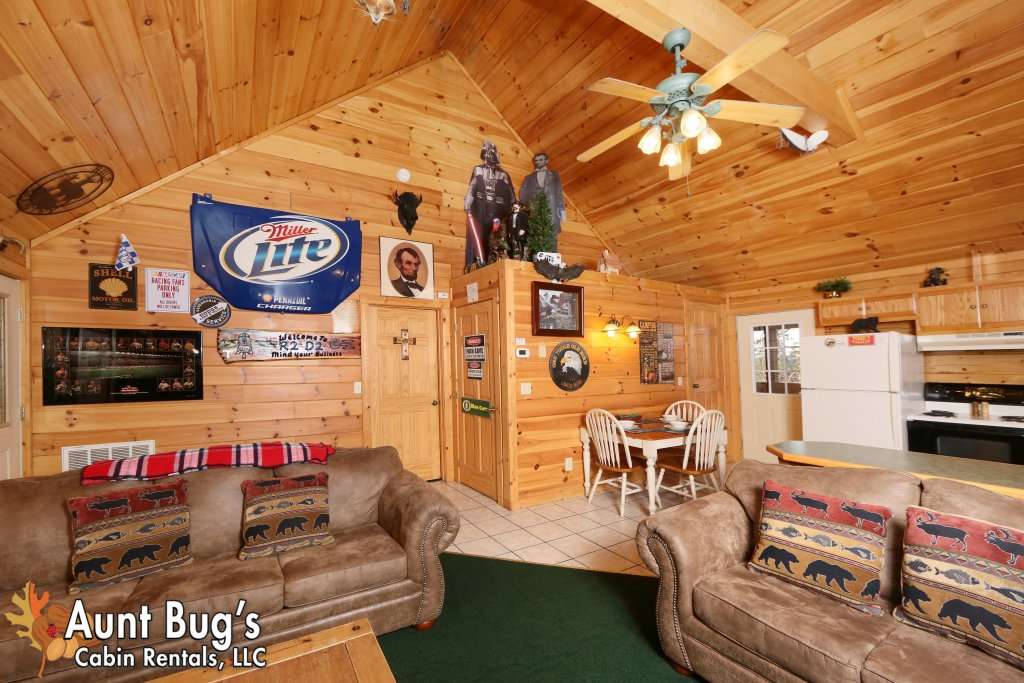 Photo of a Pigeon Forge Cabin named Shades Of The Past #230 - This is the eighth photo in the set.