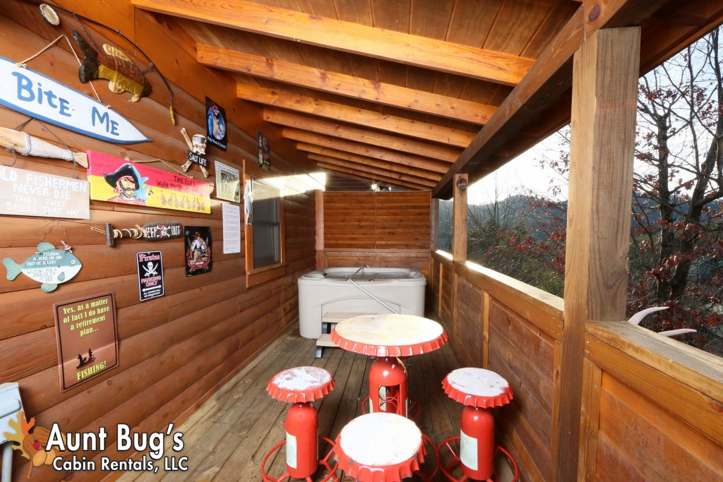 Photo of a Pigeon Forge Cabin named Shades Of The Past #230 - This is the fifteenth photo in the set.