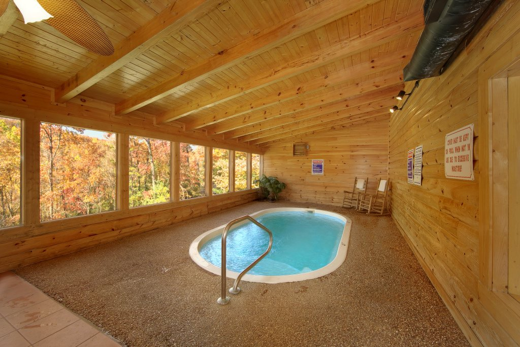 Photo of a Pigeon Forge Cabin named Gone Swimmin' #260 - This is the tenth photo in the set.