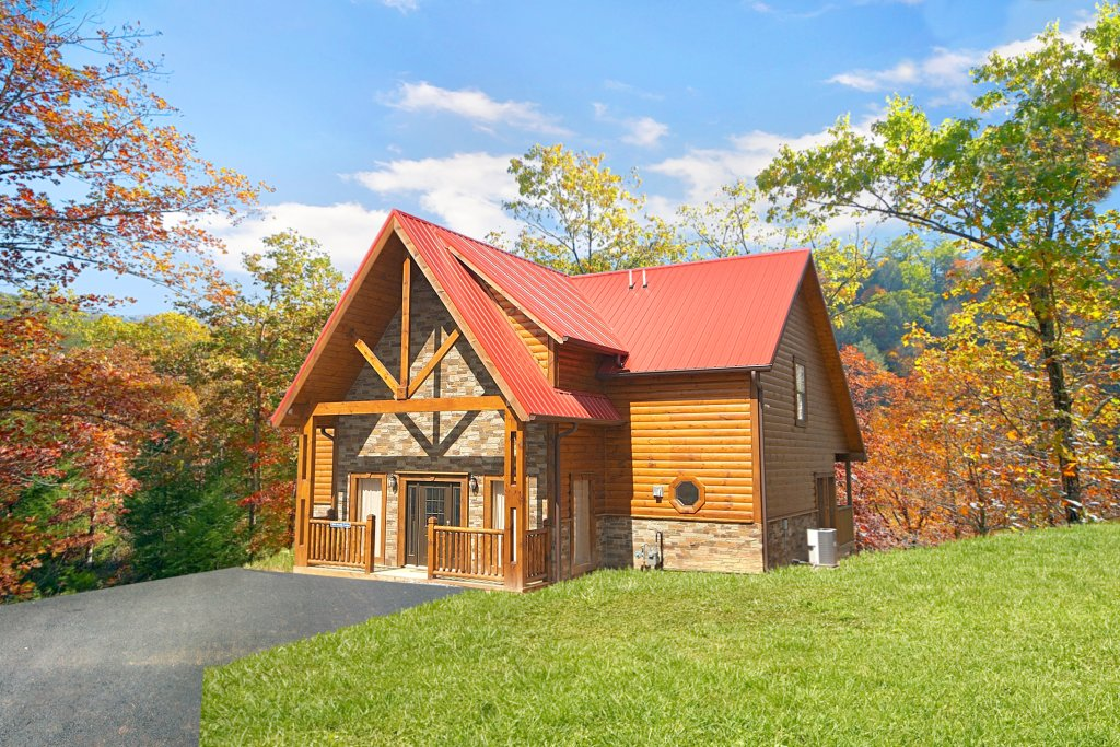 Photo of a Gatlinburg Cabin named Firefly Lodge - This is the seventeenth photo in the set.