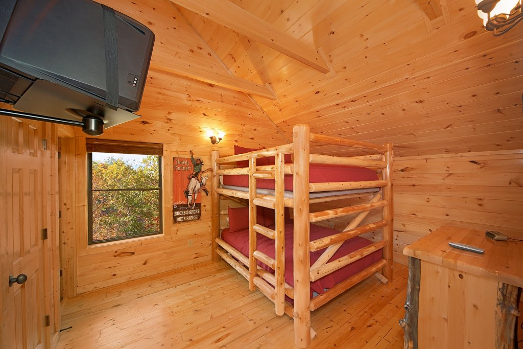 Photo of a Gatlinburg Cabin named Firefly Lodge - This is the twelfth photo in the set.