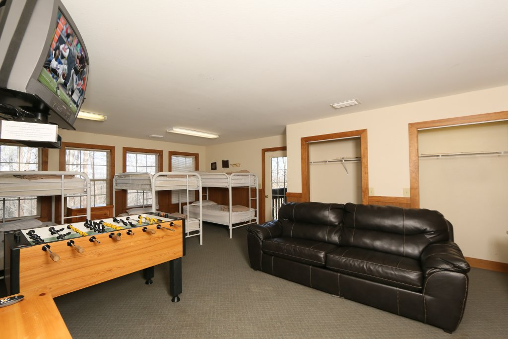 Photo of a Pigeon Forge Cabin named Magnolia Place Unit 2 (#5) - This is the thirty-third photo in the set.