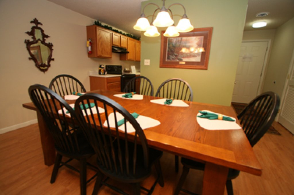 Photo of a Pigeon Forge Condo named Cedar Lodge 705 - This is the thirtieth photo in the set.