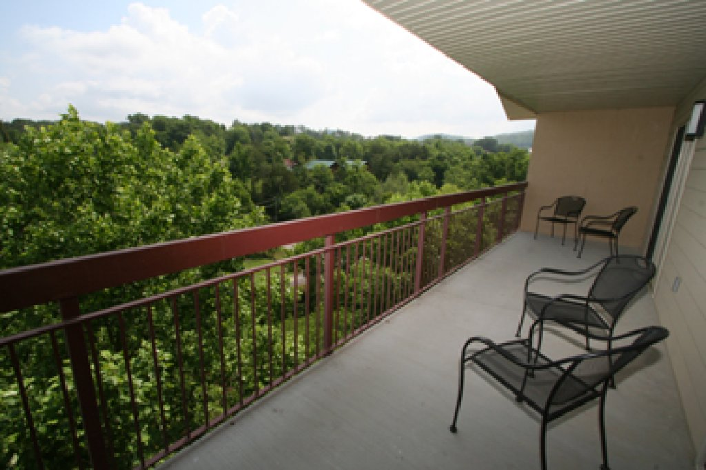 Photo of a Pigeon Forge Condo named Cedar Lodge 705 - This is the twenty-seventh photo in the set.