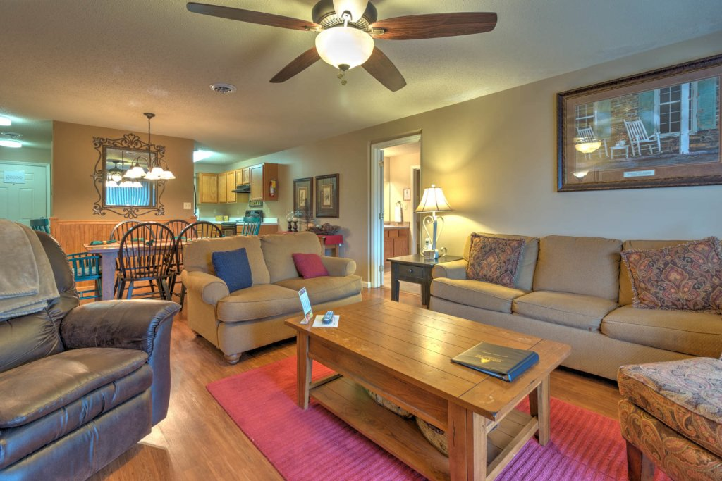 Photo of a Pigeon Forge Condo named Cedar Lodge 701 - This is the thirty-third photo in the set.