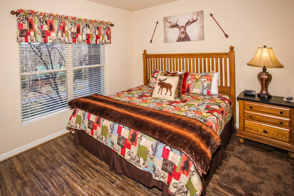 Photo of a Pigeon Forge Condo named Cedar Lodge 403 - This is the thirtieth photo in the set.