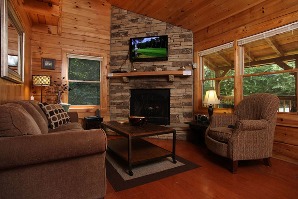 Photo of a Gatlinburg Cabin named Nature's Hideaway - This is the fourth photo in the set.