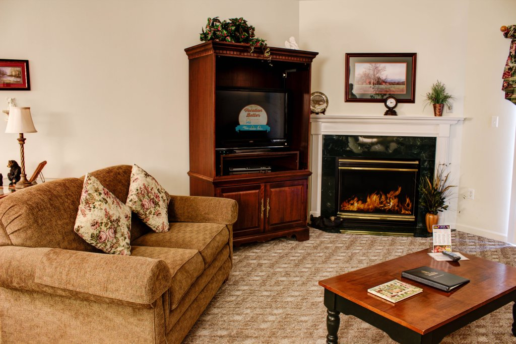 Photo of a Pigeon Forge Condo named Whispering Pines 324 - This is the first photo in the set.