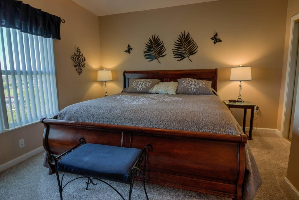 Photo of a Pigeon Forge Condo named Whispering Pines 213 - This is the forty-second photo in the set.