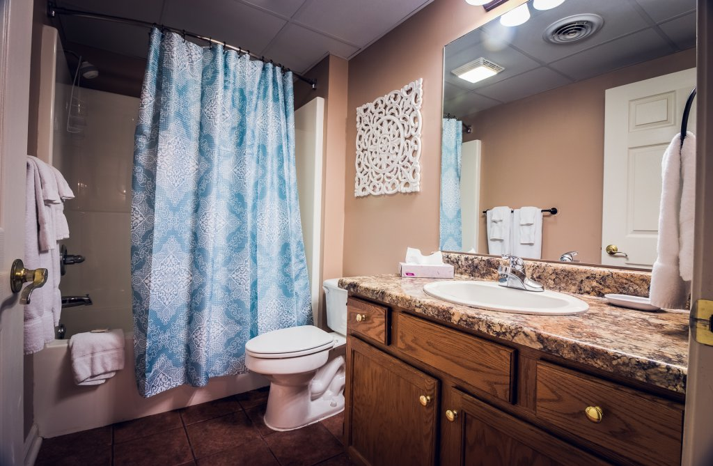 Photo of a Pigeon Forge Condo named Whispering Pines 412 - This is the forty-first photo in the set.