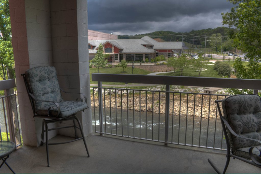 Photo of a Pigeon Forge Condo named Bear Crossing 102 - This is the twenty-third photo in the set.