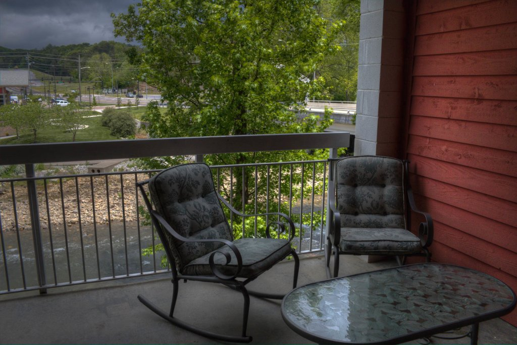 Photo of a Pigeon Forge Condo named Bear Crossing 102 - This is the twenty-second photo in the set.