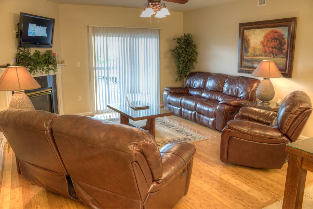Photo of a Pigeon Forge Condo named Bear Crossing 103 - This is the first photo in the set.