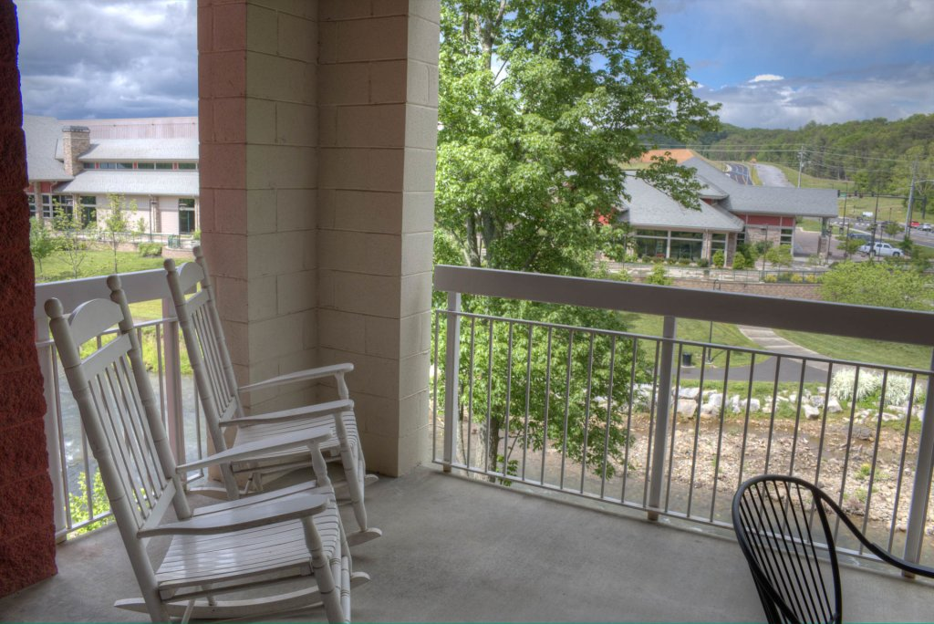 Photo of a Pigeon Forge Condo named Bear Crossing 201 - This is the eighteenth photo in the set.