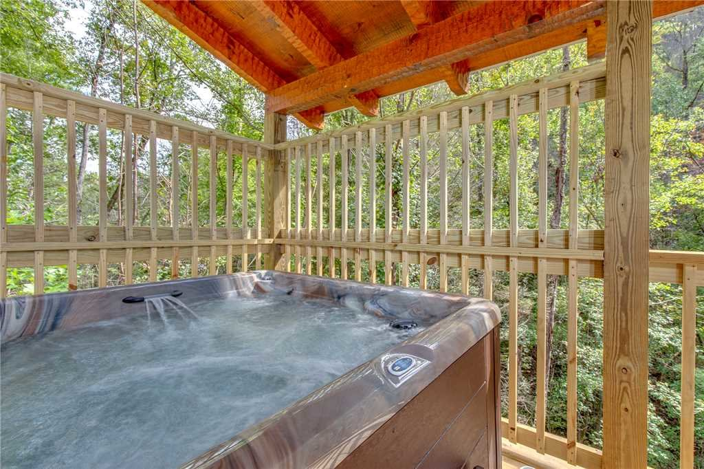 Photo of a Gatlinburg Cabin named Lovers' Hideaway - This is the second photo in the set.