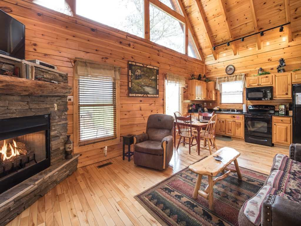 Photo of a Gatlinburg Cabin named View Catcher - This is the fifth photo in the set.