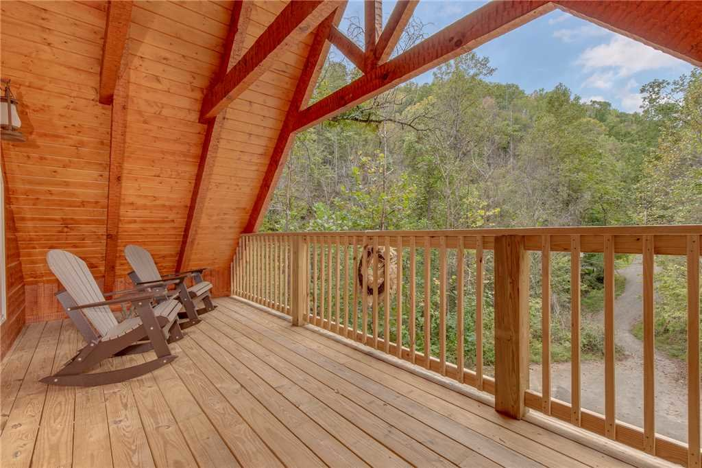 Photo of a Gatlinburg Cabin named Lovers' Hideaway - This is the twentieth photo in the set.