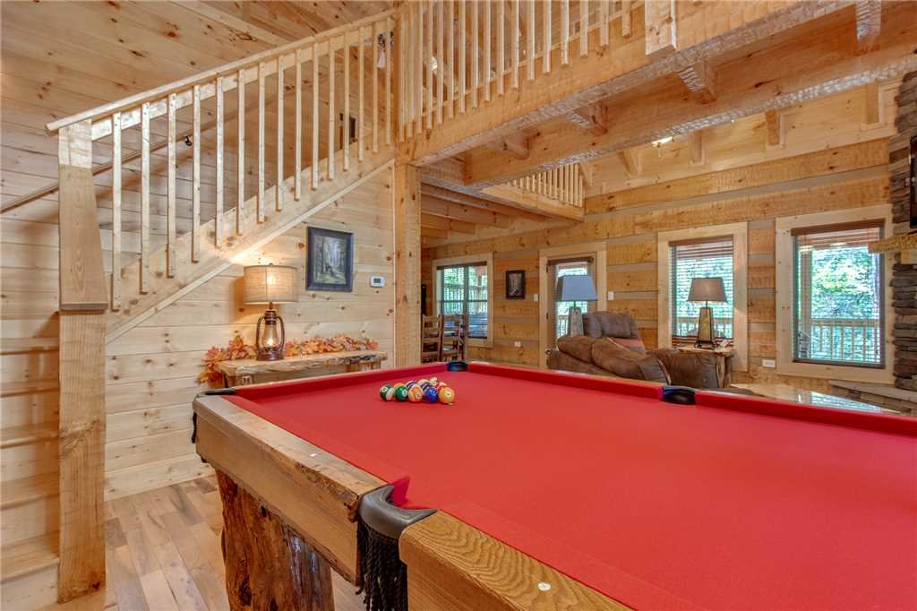 Photo of a Gatlinburg Cabin named Lovers' Hideaway - This is the tenth photo in the set.