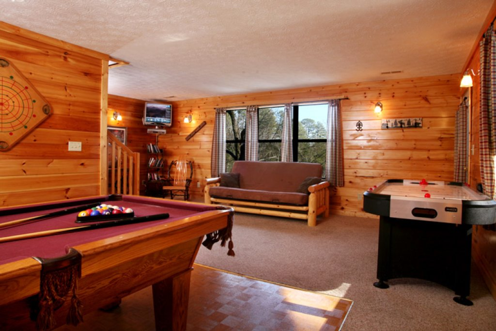 Photo of a Gatlinburg Cabin named High Times - This is the tenth photo in the set.