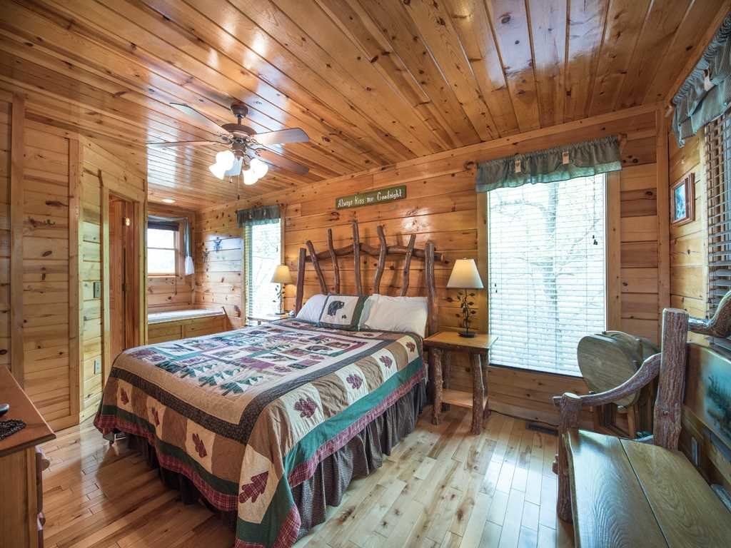 Photo of a Gatlinburg Cabin named View Catcher - This is the twenty-first photo in the set.