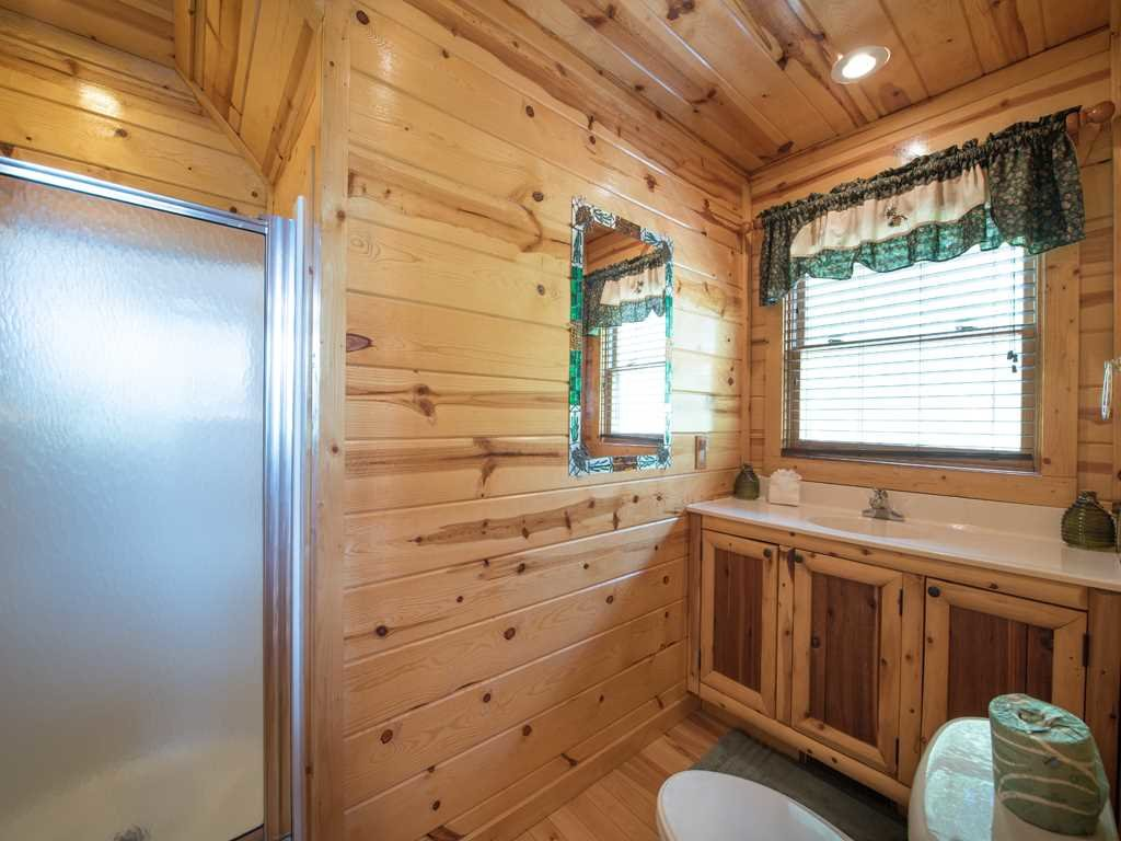 Photo of a Gatlinburg Cabin named View Catcher - This is the seventeenth photo in the set.