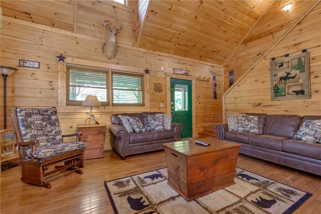 Photo of a Gatlinburg Cabin named Mountain Dreams - This is the fifth photo in the set.
