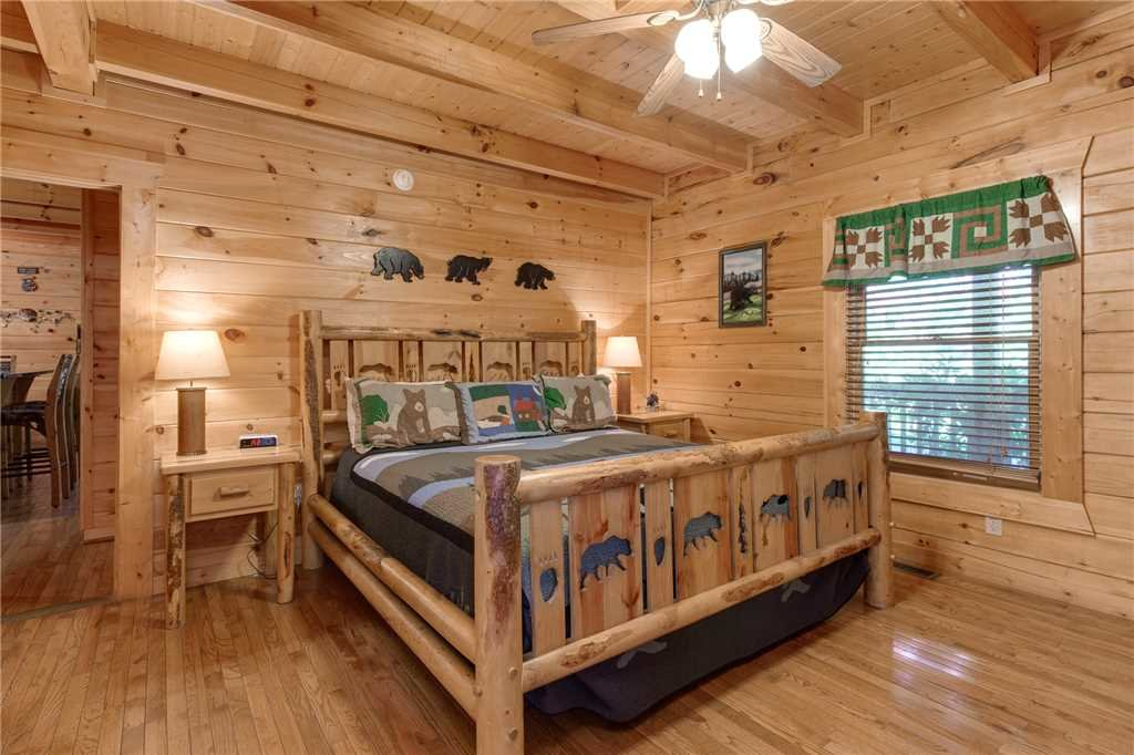 Photo of a Gatlinburg Cabin named Mountain Dreams - This is the twelfth photo in the set.