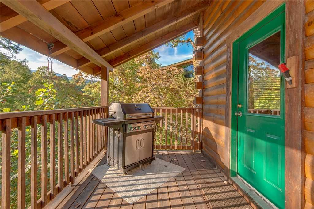 Photo of a Gatlinburg Cabin named Mountain Dreams - This is the twenty-sixth photo in the set.