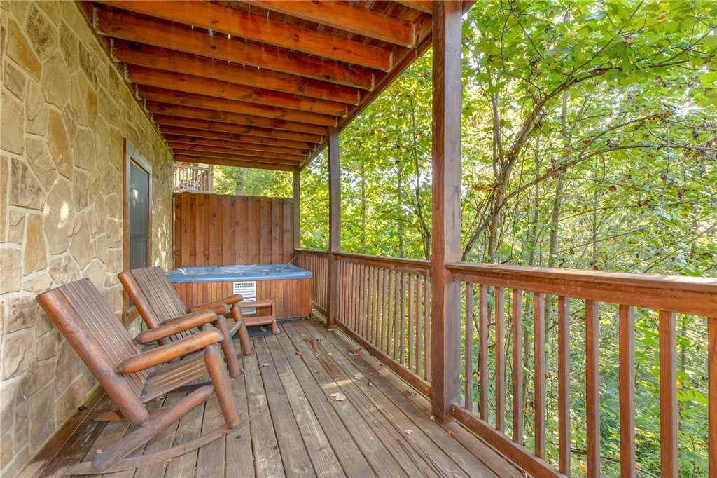 Photo of a Gatlinburg Cabin named Mountain Dreams - This is the twenty-seventh photo in the set.