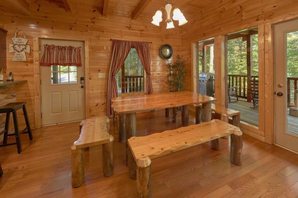 Photo of a Gatlinburg Cabin named Diamond Mine - This is the twelfth photo in the set.