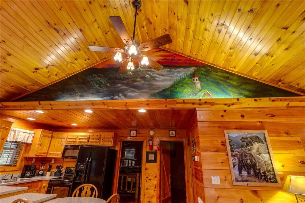 Photo of a Pigeon Forge Cabin named Tranquility - This is the tenth photo in the set.