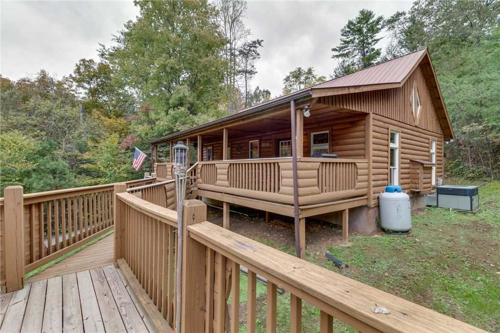 Photo of a Pigeon Forge Cabin named Tranquility - This is the thirty-fifth photo in the set.